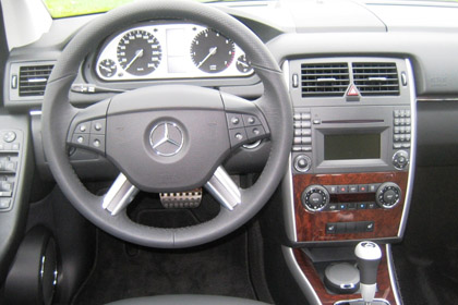 2009 mercedes b class b200 turbo a practical entry level mercedes benz. Black Bedroom Furniture Sets. Home Design Ideas