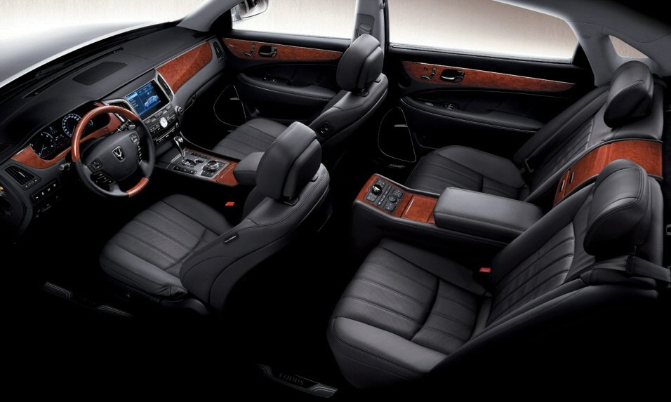 As far as safety goes, the 2011 Hyundai Equus