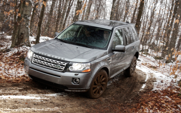2013-Land-Rover-LR2-grey-offroading-LuxuryDiscovery.com_