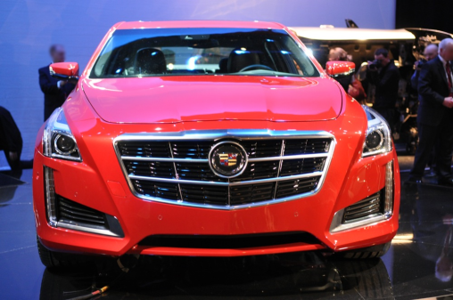 2014-cadillac-cts-front-view-luxury-sedan_LuxuryDiscovery.com_