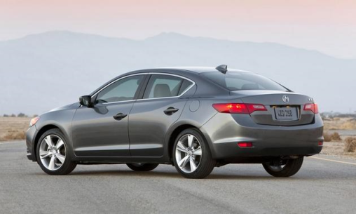 2014-Acura-ilx_back-side-view-grey_LuxuryDiscovery.com_