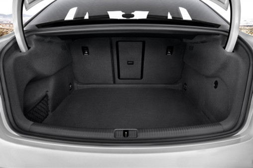 2015_Audi_A3_trunk-space-seat-fold-down_LuxuryDiscovery.com_